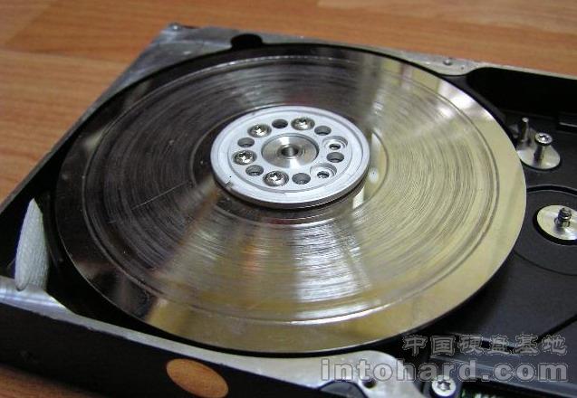 什么是硬盘盘片划伤?盘片划伤后数据是否可以恢复